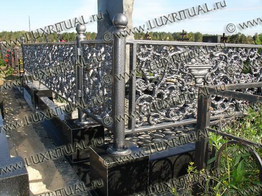 установка памятника на могилу - Luxritual.ru - портал мемориальной архитектуры